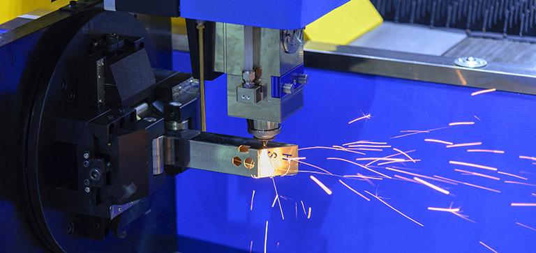 2D- und 3D-Laserschneiden
