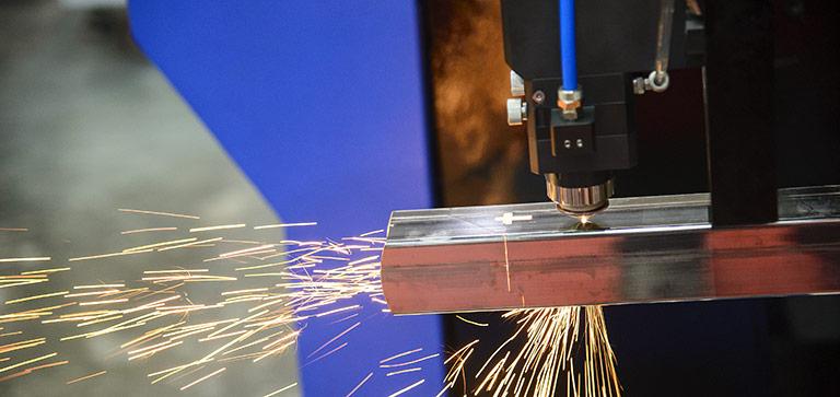 Laserschneiden von Rohren