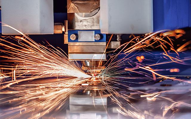 Blechschneiden mit einem Lasergerät